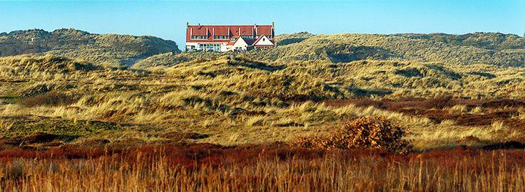 Het STRANDHOTEL op TERSCHELLING - Hotel & Restaurant met uitzicht op Zee.