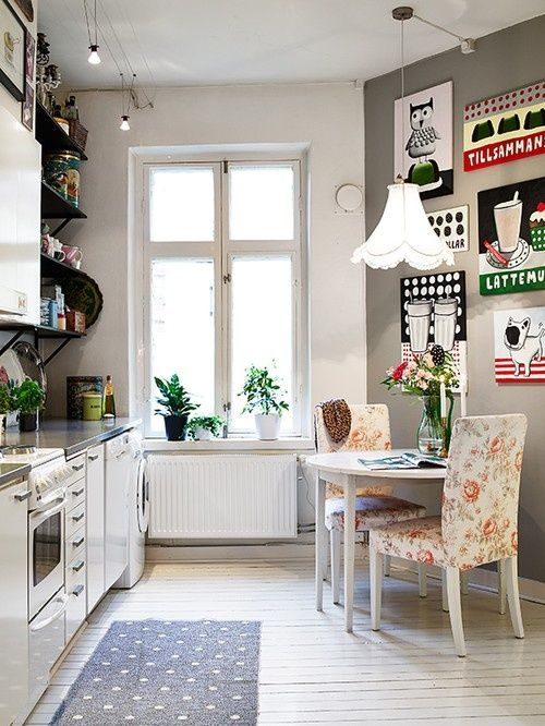 """nordic scandinavian rétro vintage kitchen"" #whitekitchens #noteworthylighting Look at that track lighting! #whiteandstainless"
