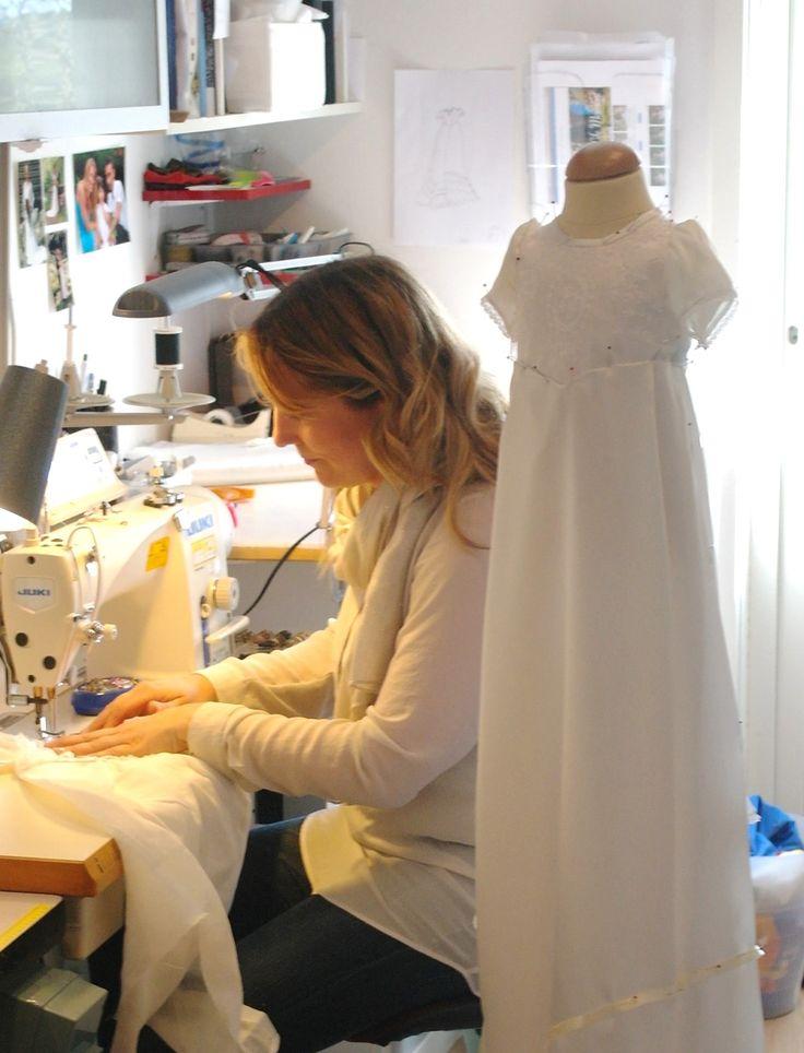Hos Grace of Sweden får du alltid en helt unik personlig produkt, utförd med stort engagemang och hantverkskunnande av högsta klass. http://www.graceofsweden.com/sv/festklaeder-foer-barn