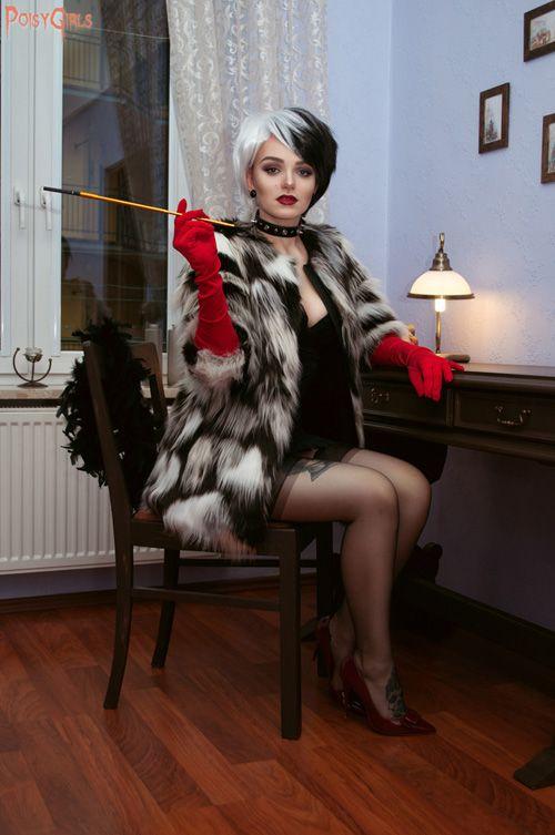 Cruella de Vil Pinup Cosplay http://geekxgirls.com/article.php?ID=8308