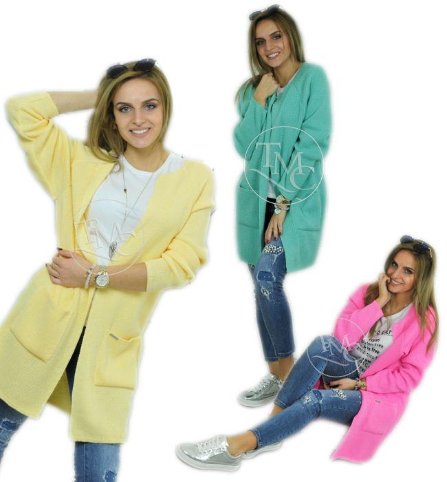 Unsere #Kleidungen charakterisieren sich mit hohen #Qualität. Bei uns kaufst du keine Produkte aus China! Unsere Produkte werden in EU hergestellt!   TECHNISCHE DATEN: Gesamtlänge: 77 cm Breite (unter den Armausschnitten): 58 cm Ärmellänge (draußen): 65,5 cm Ärmellänge (drinnen): 40,5 cm Gesamtlänge (hinten): 76 cm  Material: 100% AKRYL Große: UNI SIZE  #pulli #pullover #damenpulli #bekleidung