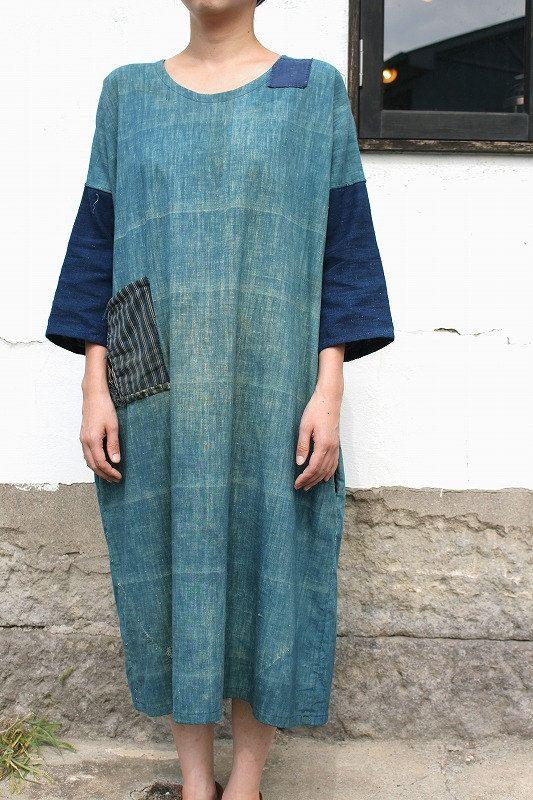 Japanese boro indigo cotton patchwork dress/Japan handmade/kimono noragi/sashiko/hand stitch/antique fabric/113