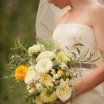 bukiet ślubny na październik