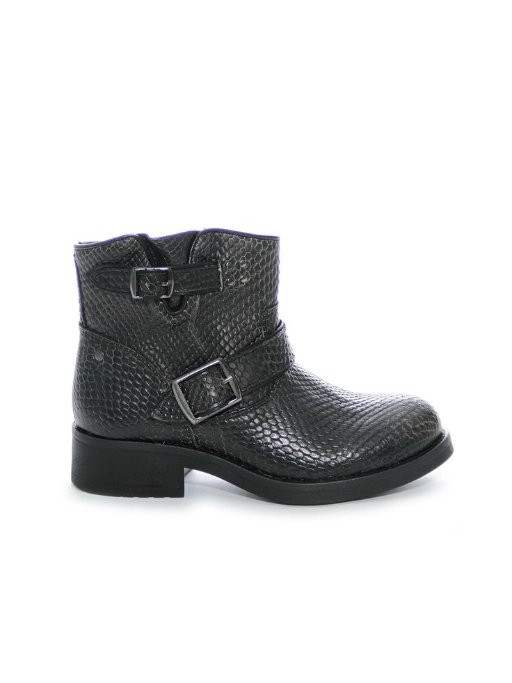 Koah Brandy snake boots