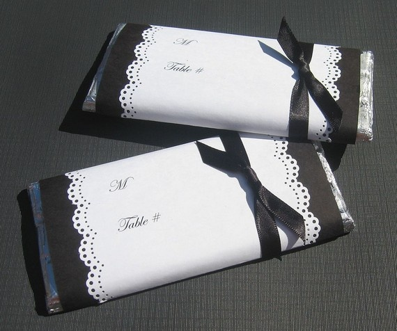 Favor and wedding place card all in one? Yes...