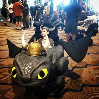 This Toothless warrior. | 26 Clever Costumes For People Who Use Wheelchairs