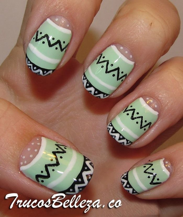 Diseño de tribal en tus uñas