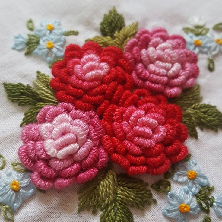 And - and like flowers and embroidery France # #embroidery #handembroidery #needlework #broderie #ricamo #steady # Konkuk University embroidery France