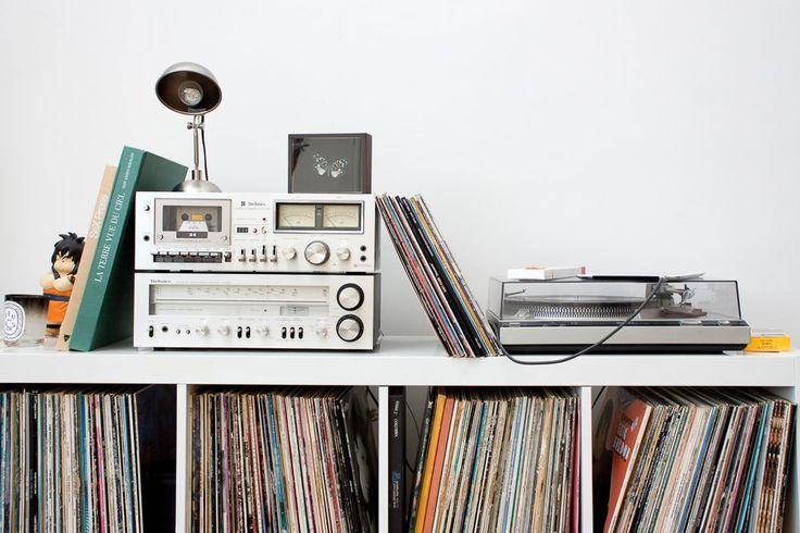 les 25 meilleures id es de la cat gorie stockage de disque. Black Bedroom Furniture Sets. Home Design Ideas