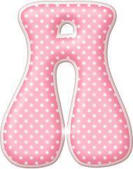 Alfabeto rosa con lunares blancos.