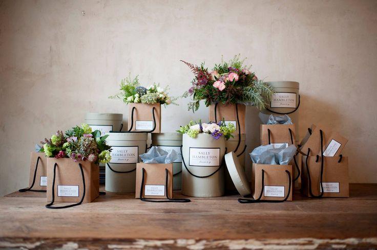 Viernes de bodas, pedidas y flores. Viernes de agosto. www.bodaswedding.com     Wedding Planner Madrid