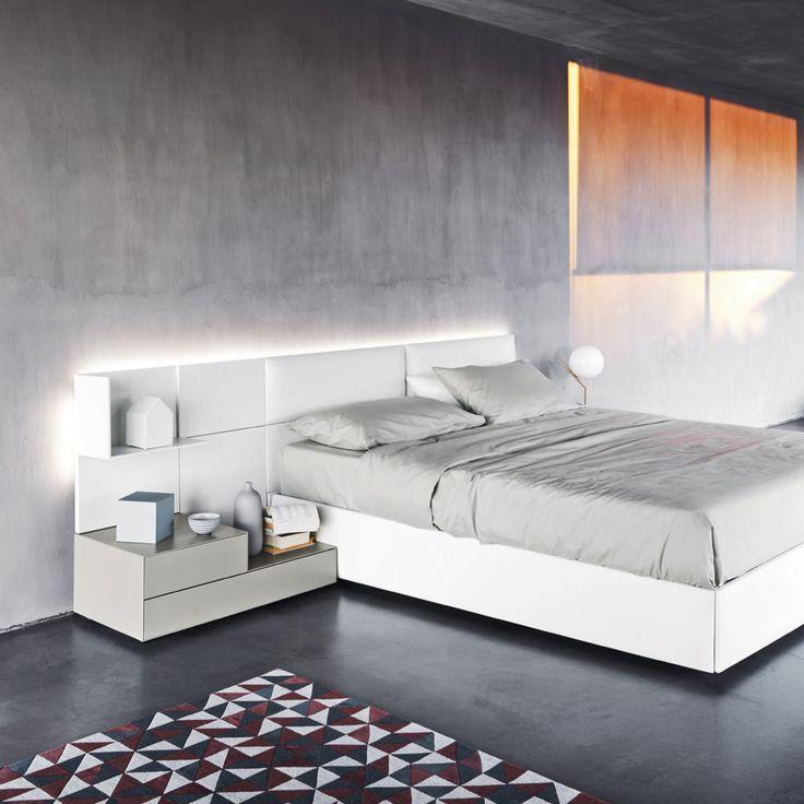 #ECLETTO #SANGIACOMO #letto #pannelli #legno #imbottiti #illuminazione #contenitori #giorno #notte #comodini #sospensione #contemporaneo #design #moderno #arredo #interni