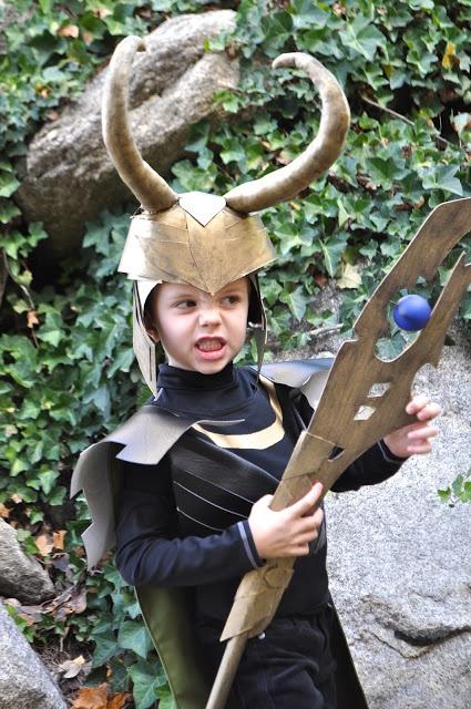 I Am Мама - Hear Me Roar: Локи костюм