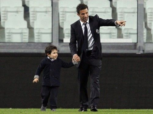 Alessandro & Tobias Del Piero: Looking Polished Whilst Playing On The Pitch  Image: REUTERS/Alessandro Garofalo