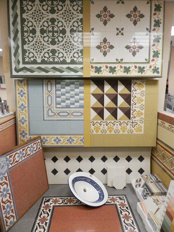Rivestimenti per ogni ambiente e decorati a Mano al Magazzino della Piastrella! http://www.magazzinodellapiastrella.it/ambientazioni-rivestimenti-firenze.php #rivestimenti #ceramiche #piastrelle #firenze