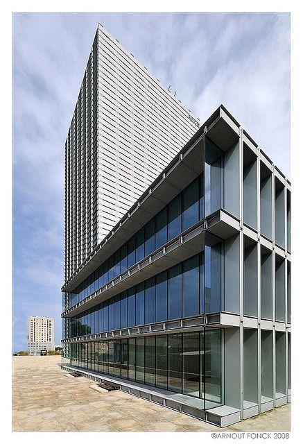 Burgo Building - Porto designed by Eduardo Souto de Moura