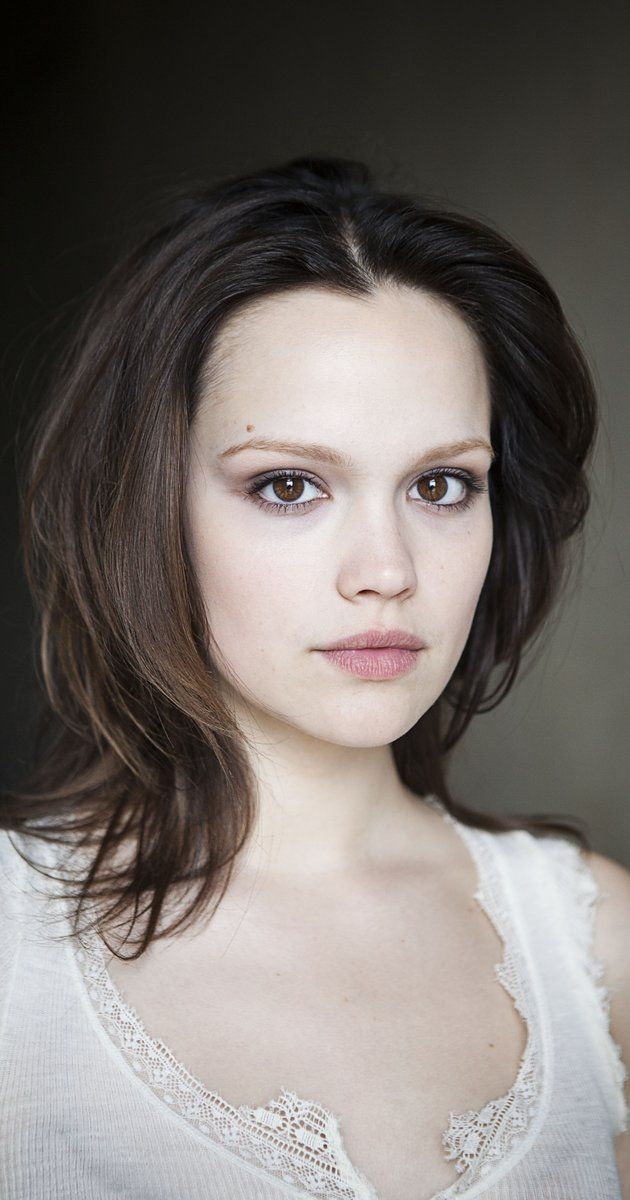 Emilia Schüle, Actress: Freche Mädchen. Emilia Schüle was born on November 28, 1992 in Blagoveshchensk, Russia. She is an actress, known for Freche Mädchen (2008), Rock It! (2010) and Boy 7 (2015).
