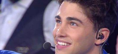 Spettacoli: #Riccardo #Marcuzzo #apre il 2 serale di Amici 2017: video in Diverso e Ti luccicano gli occhi (link: http://ift.tt/2nrRg5w )