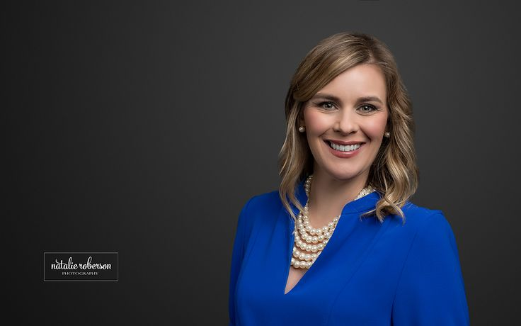 Frisco, Texas Corporate Headshot Photographer. Natalie Roberson Photography. www.natalierobersonphotography.com #headshot #corporateheadshotphotography #friscoheadshotphotography #corporateheadshotideas #friscoheadshotphotographer #dfwheadshotphotographer #headshotphotographer #headshots