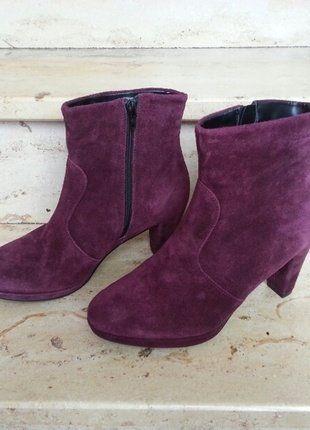 Kaufe meinen Artikel bei #Kleiderkreisel http://www.kleiderkreisel.de/damenschuhe/stiefeletten/150244142-stiefeletten-tamaris-wildleder-viola-lila-38