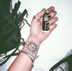 small sun and moon tattoo #ink #youqueen #girly #tattoos #sun #moon