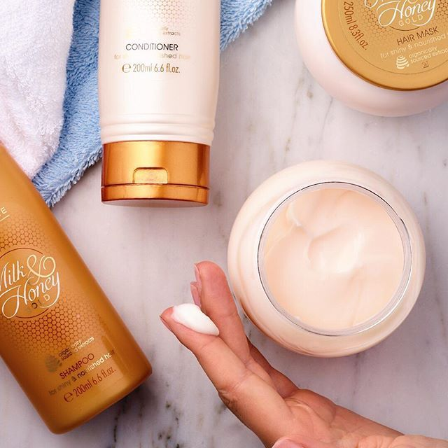 Your hair flip fabulously when you use our 'Milk & Honey' hair care range. #Oriflame #OriflameIndia #Shampoo #Conditioner #HairMask #Soft #Supple #Smooth #HairCare #Hair #Care #Beauty #Milk #Honey #WinterReady #MustTry