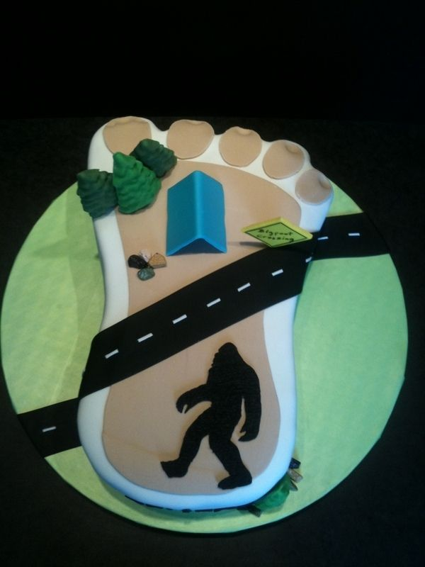 Bigfoot Cake Images : 1000+ images about Bigfoot party ideas on Pinterest ...