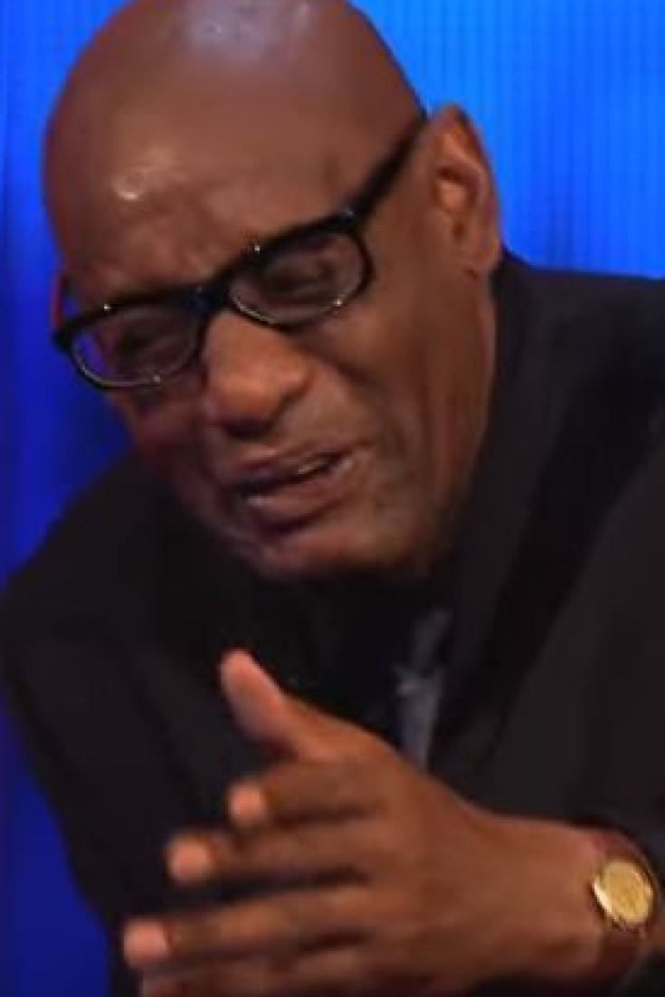 'The Chase' Stars Shaun Wallace And Bradley Walsh Descending Into Fits Of Giggles Will Have You Doing The Same (VIDEO)