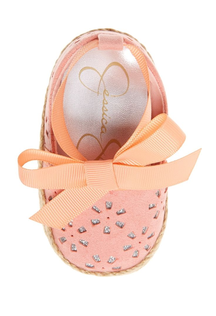 These stylish espadrille crib shoes in coral are too cute!