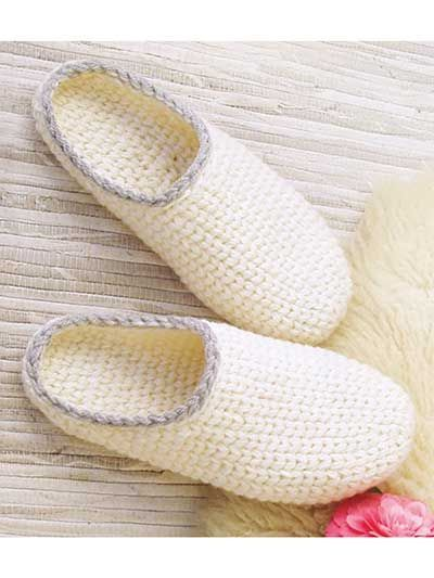 The knit-look stitch gives a classic touch to this simple design made using a #5 chunky yarn or 2 stands of #3 DK-weight yarn. These slippers are worked from toe-up, in one piece. The toe piece is worked in the round and the sole is worked back and f...