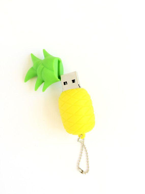 USB 2.0 Flash Drive de piña super lindo!  Esta piña dulce tiene un llavero, así que usted puede tomar con usted dondequiera que usted vaya!