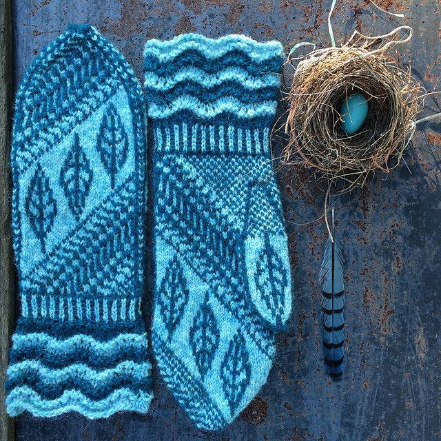 Ravelry: Fuss and Feathers Mittens pattern by Lynn Manderville