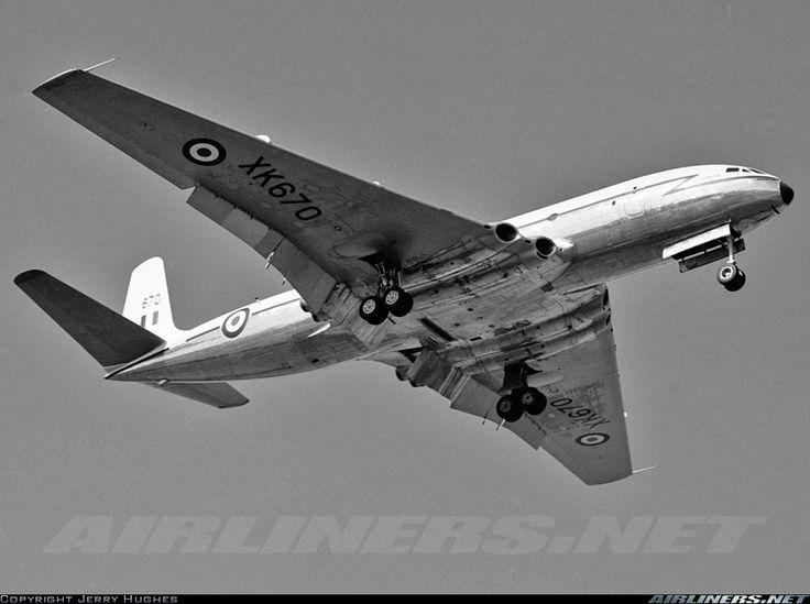 De Havilland DH-106 Comet C2 August 1961 XK670 'Corvus ...