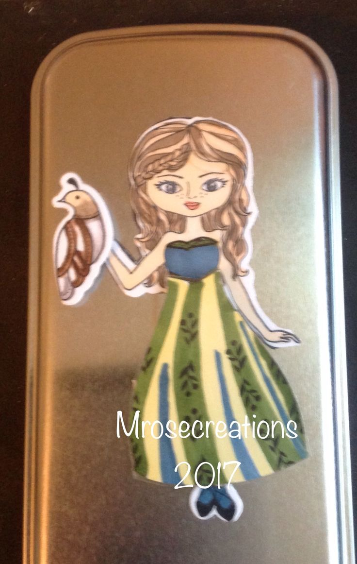The magnet backed paper doll on the tin. Love how this princess dress turned out! Maryroberts.closetomyheart.com