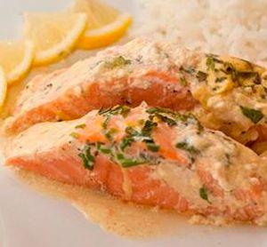 Сливочный лосось. Лосось или как по другому его называют семга, относится к семейству лососевых. В это семейство также входят форель, кета и горбуша. http://culinarysite.ru/news/2013-07-16-713