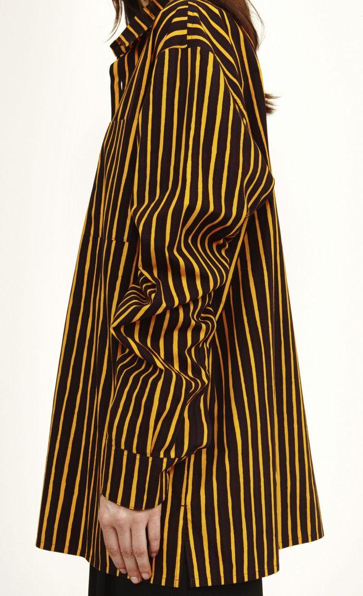 gul og brun/violet  Størrelse: M