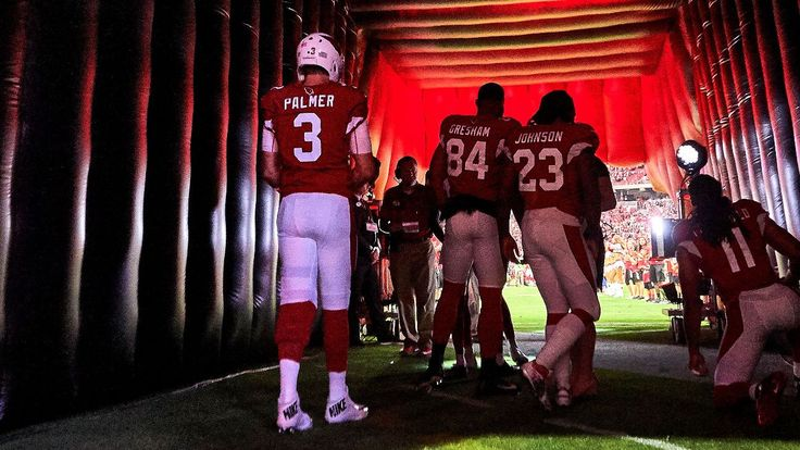 Quarterback Carson Palmer has announced his retirement after completing his 14th season in the league