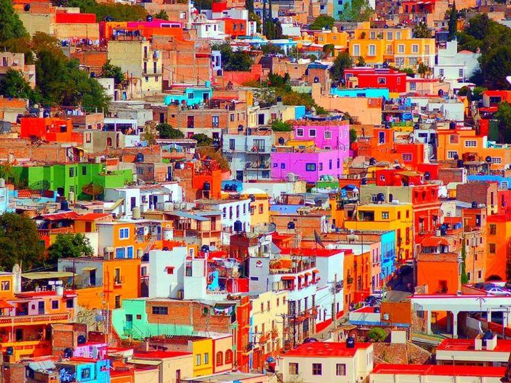 blogspot.com Цветные дома города Гуанахуато.
