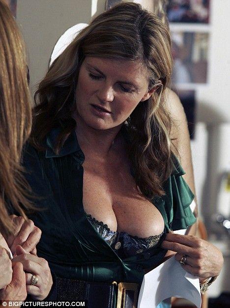 Susanna Constantine cleavage.
