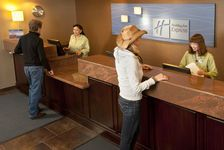 Grand Canyon Hotels: Holiday Inn Express & Suites Grand Canyon Hotel in Grand Canyon, Arizona