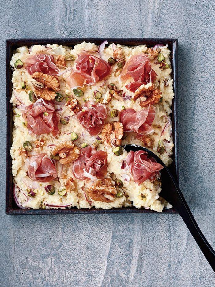 スコップケーキのように取り分けるとおしゃれ!|『ELLE gourmet(エル・グルメ)』はおしゃれで簡単なレシピが満載!