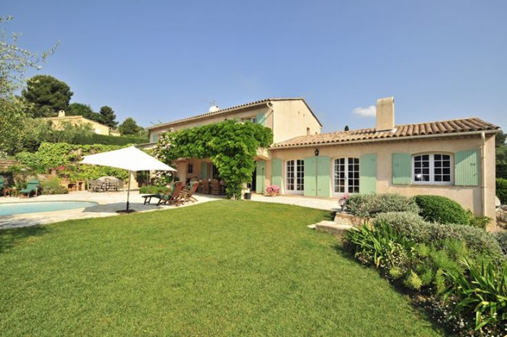 Elegant family villa Valbonne with private pool | Quality Villas