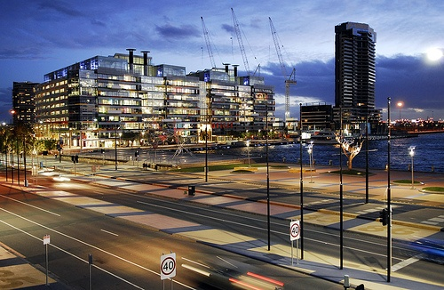 #Docklands http://www.docklandsrealestateexaminer.co.uk/