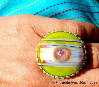 glass ring topper ribbon of love lampwork cabochon handmade by glassartist manuela wutschke