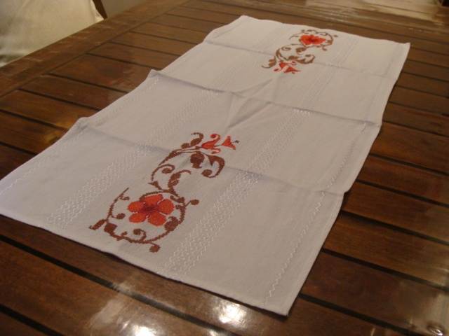 Centro de mesa - flores: Works In, Center, Cross Stitch, Table, In Point