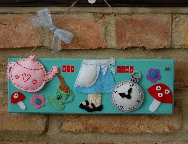 Alice+in+wonderland+inspired+handmade+felt+sign+'Tea+Time'+plaque+hanging+cute £24.99