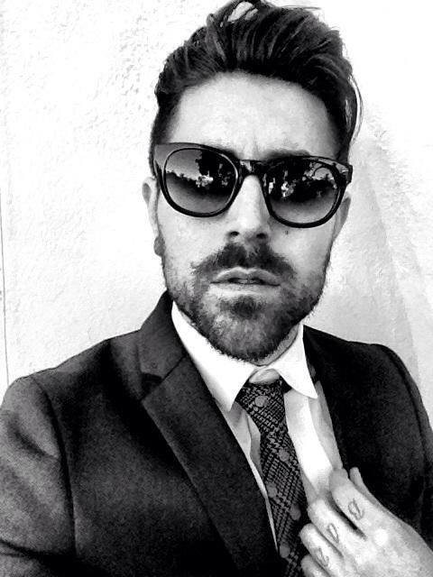Davey Havok is amazing for many reasons. Today's reason - he is wearing a Hello Kitty tie.  A HELLO KITTY TIE!!