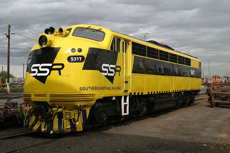 S317 in fresh SSR livery at South Dynon