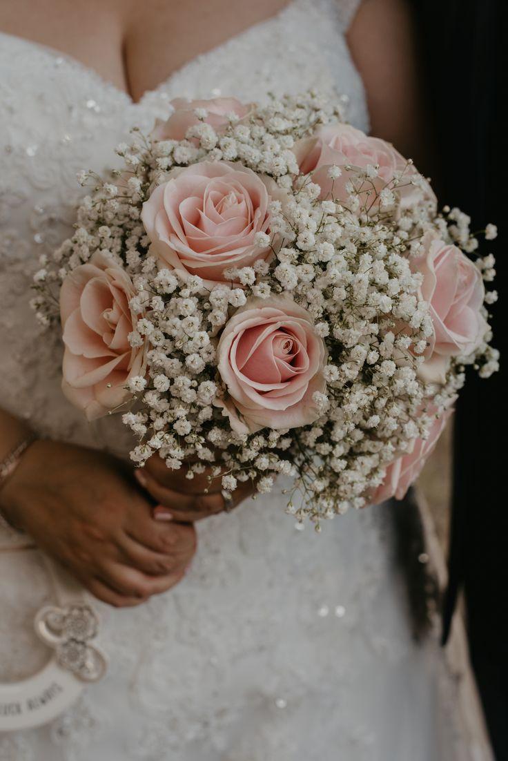Beautiful pink roses and gypsophila wedding bouquet ideas