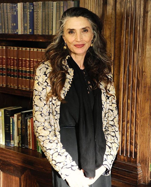 #angelamolina #fashionelder #thefashionelder   Women, Fashion, Middle age fashion